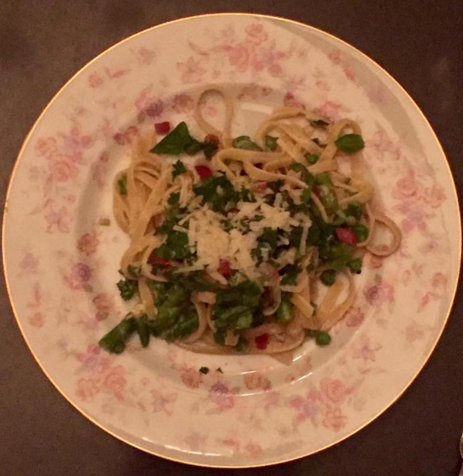 pasta-pancetta-asparagus-peas